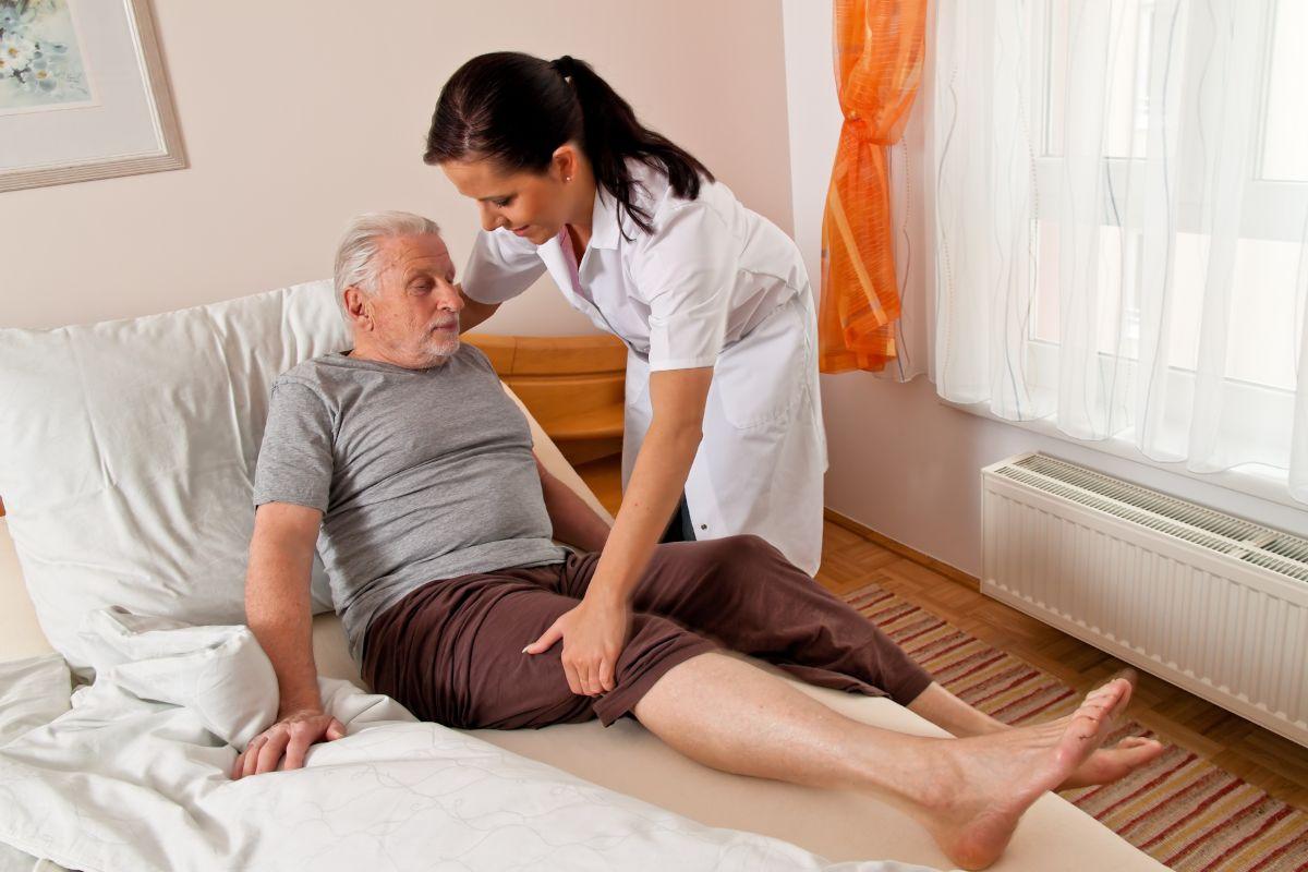 Пролежни. Профилактика и лечение пролежней у лежачих 79