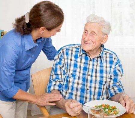 Опекун для человека пожилого возраста