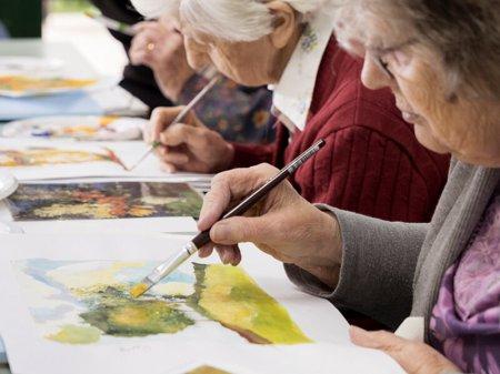 Арт-терапия для пожилых людей